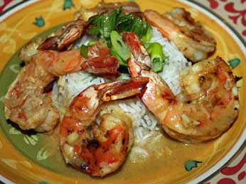Subtle but delicious green curry prawns